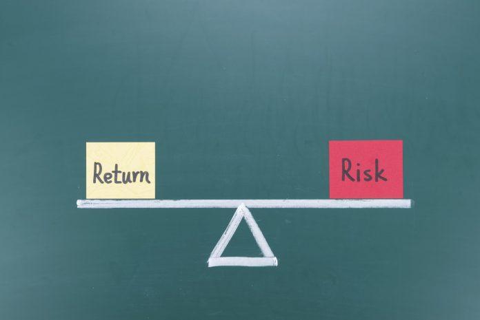 Bagaimana Caranya Menciptakan Portofolio Investasi yang Low-Risk, High Return?