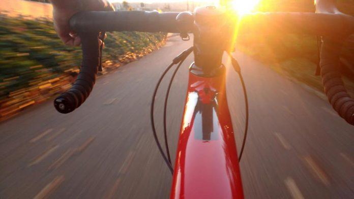 sepeda - Triathlon - biking