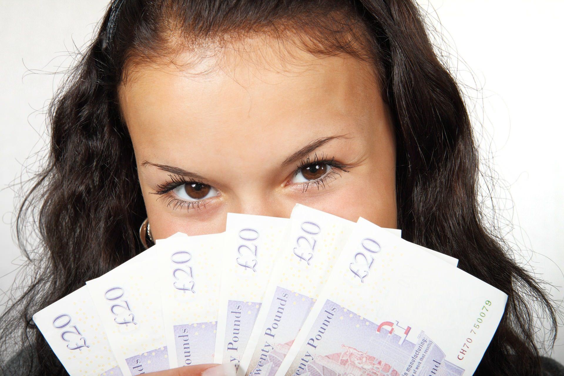 3 Alasan Mengapa Perempuan Bisa Berinvestasi Lebih Baik dari Pria - jenis investasi untuk ibu rumah tangga