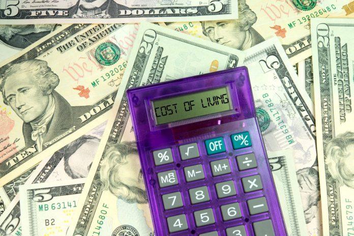 Cara Menghemat Biaya Hidup Agar Keuangan Bisa Selamat