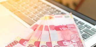 pendapatan dari gaji - uang - Investasi Dengan Modal Rp 1 Juta - Mengumpulkan Modal Investasi - Faktor Melemahnya Rupiah - 4 Langkah Cerdas Dalam Menggunakan Uang - 5 Cara Menambah Tabungan Tanpa Gaji yang Stabil
