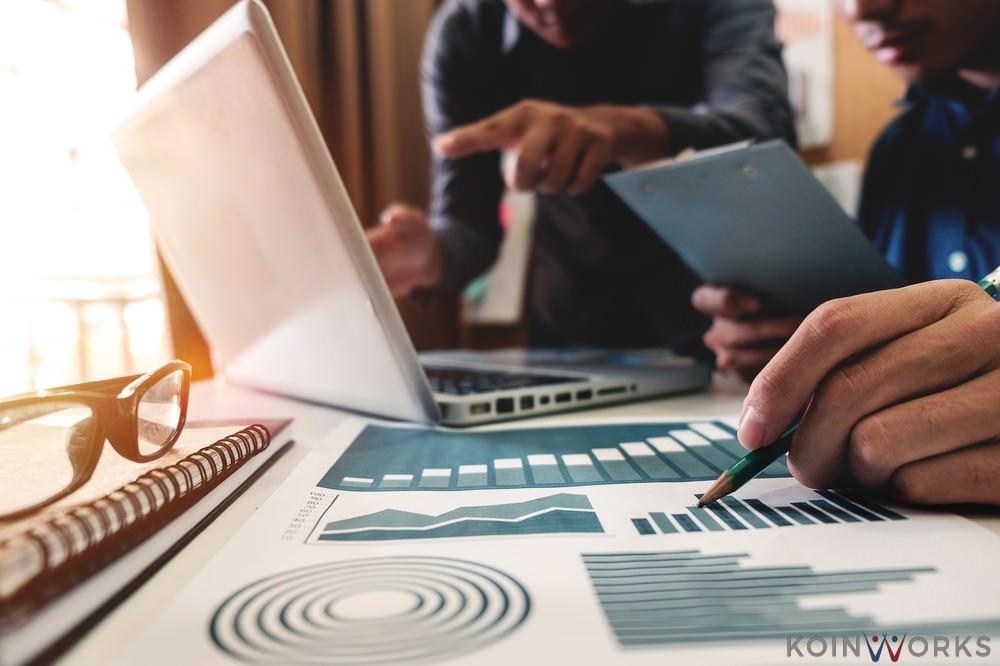 Perhatikan 5 Pertimbangan Ini Sebelum Memakai Jasa Penasihat Keuangan - investasi-portofolio
