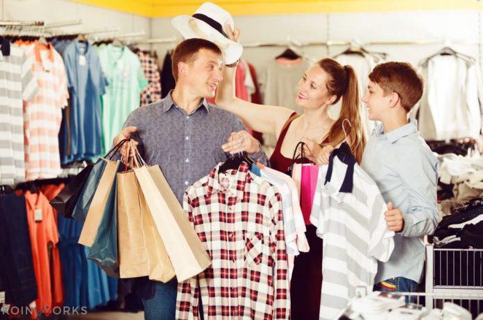 belanja - engagement konsumen menjadi purchasing decision - Tips Mendapatkan Pelanggan Setia - 5 Alasan Program Loyalitas Mampu Meningkatkan Penjualan