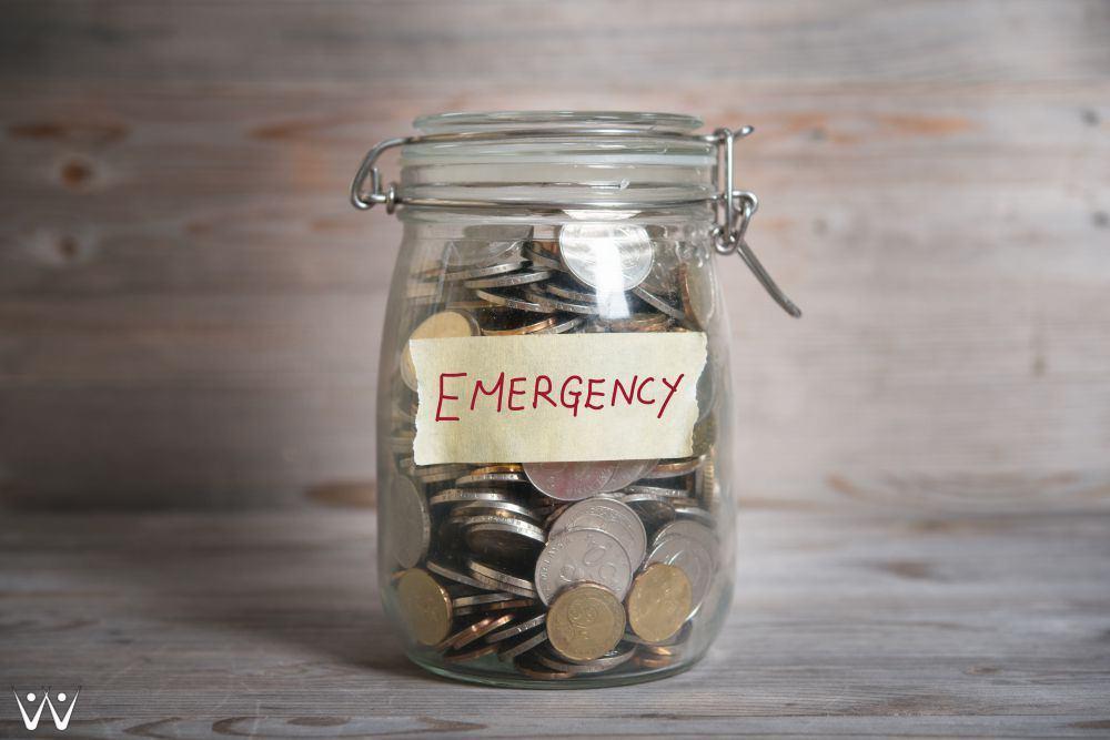 dana-darurat-emergency-fund-5 Tanda Gaji Bulanan Anda Ternyata Belum Cukup - cara membeli mobil-Dana Pensiun - 4 Tujuan Keuangan yang Wajib Anak Jaman Sekarang Punya! - Buat Masa Tua Seindah Senyuman di #AgeChallenge dengan 5 Tips Keuangan Ini!-mempersiapkan dana pensiun-Makan Siang di Kantor, Lebih Hemat Masak Sendiri atau Beli?-5 Tips Hemat Memanfaatkan Layanan Transportasi Online-5 Cara untuk Menghibur Tamu Pesta dengan Anggaran yang Terbatas-Cara Pintar Mengatur Keuangan Rumah Tangga untuk Pasangan Baru