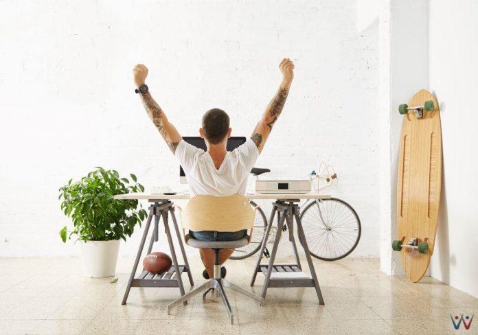 freelance - freelancer - kerja lepas - freelancing - bisnis tanpa karyawan - 5 Tips yang Perlu Diterapkan Agar Bekerja Remote dengan Efektif - 6 Tips Pengalokasian Dana untuk Freelancer - tren bisnis