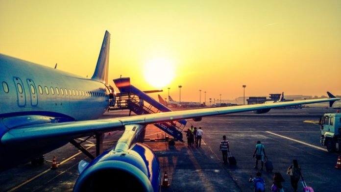 pesawat terbang - travel
