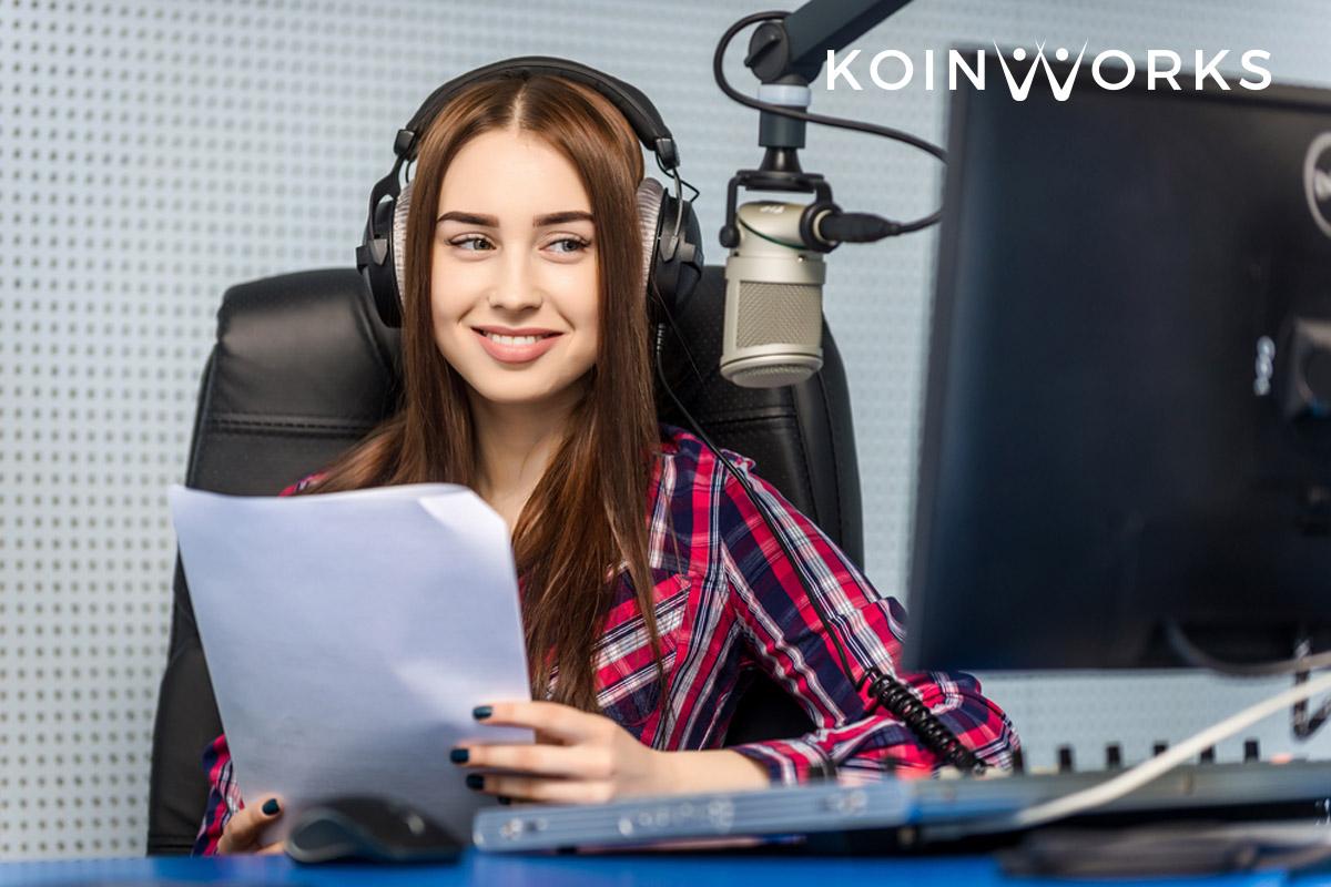Para Ekstrovert Wajib Coba 9 Pilihan Karier Menjanjikan Ini - penyiar radio - 5 Tips yang Bisa Anda Lakukan untuk Menemukan Karier yang Tepat