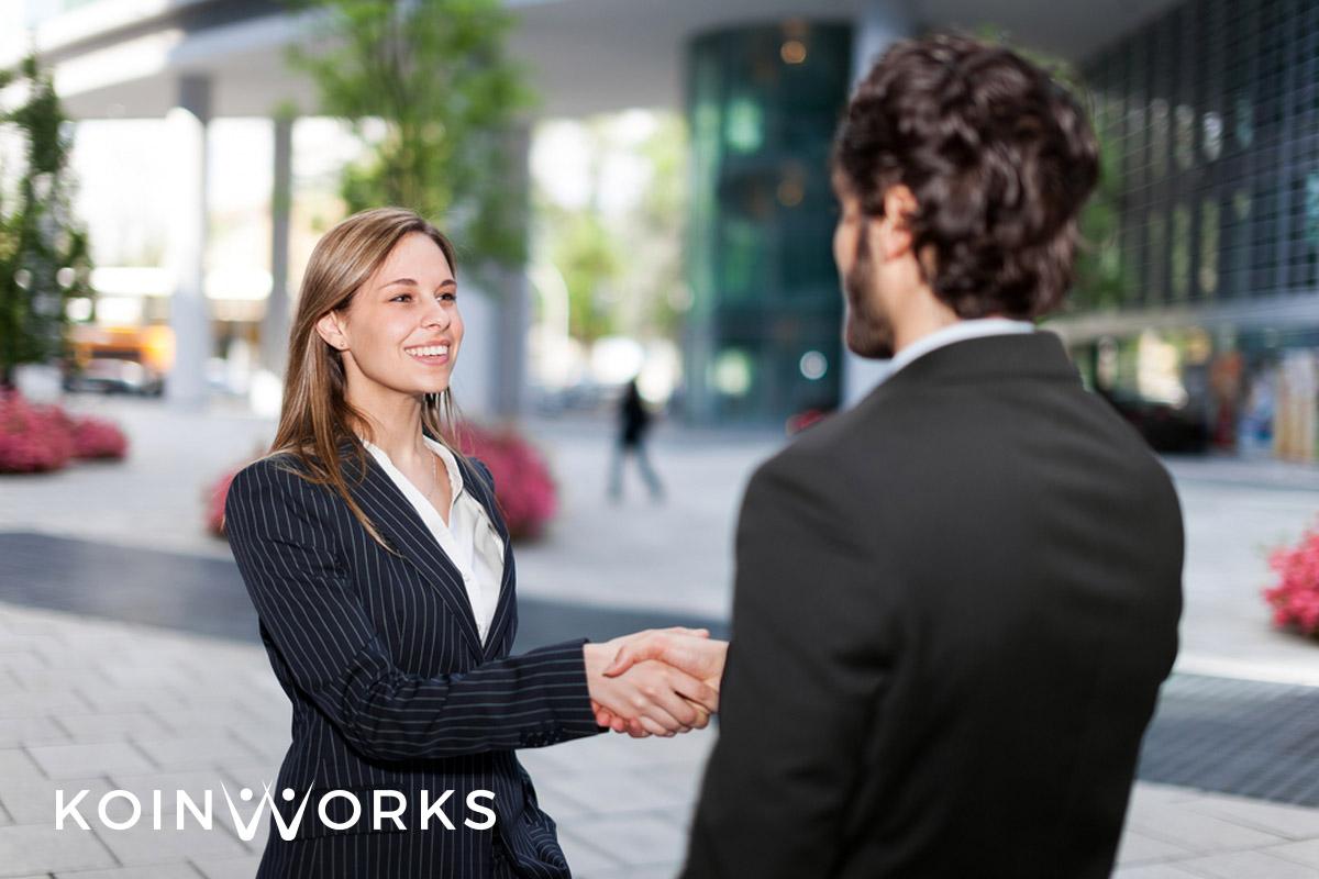 Para Ekstrovert Wajib Coba 9 Pilihan Karier Menjanjikan Ini - public relations