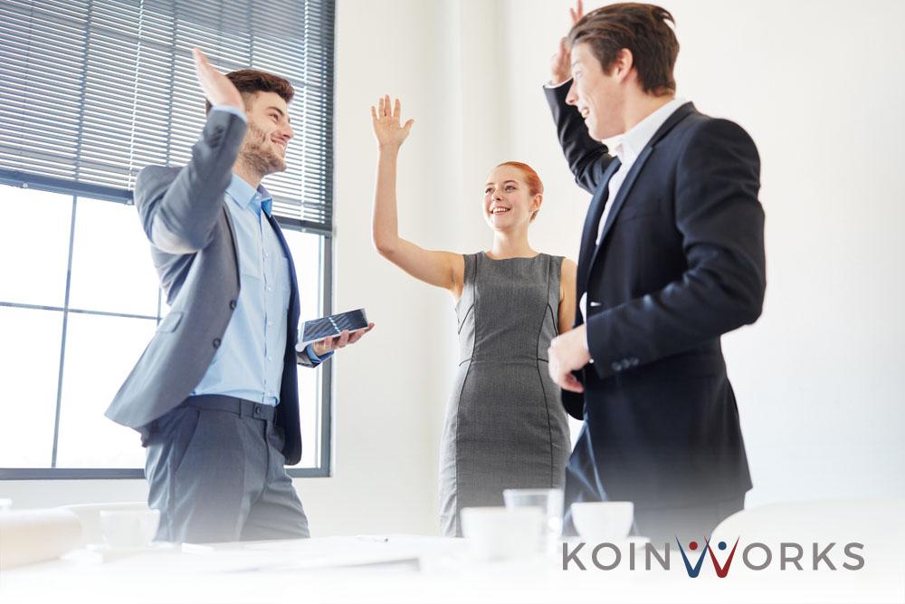 kesuksesan bisnis katy perry (2) - 5 Skill yang Perlu Diasah Sebelum Memasuki Dunia Kerja - 6 Kualitas Pemimpin yang Luar Biasa, Andakah Salah Satunya? - 5 Cara Menjadi Pemimpin yang Dihormati, Bukan Ditakuti - 5 Cara yang Bisa Dilakukan agar Lebih Menonjol dalam Pekerjaan dan Bisnis