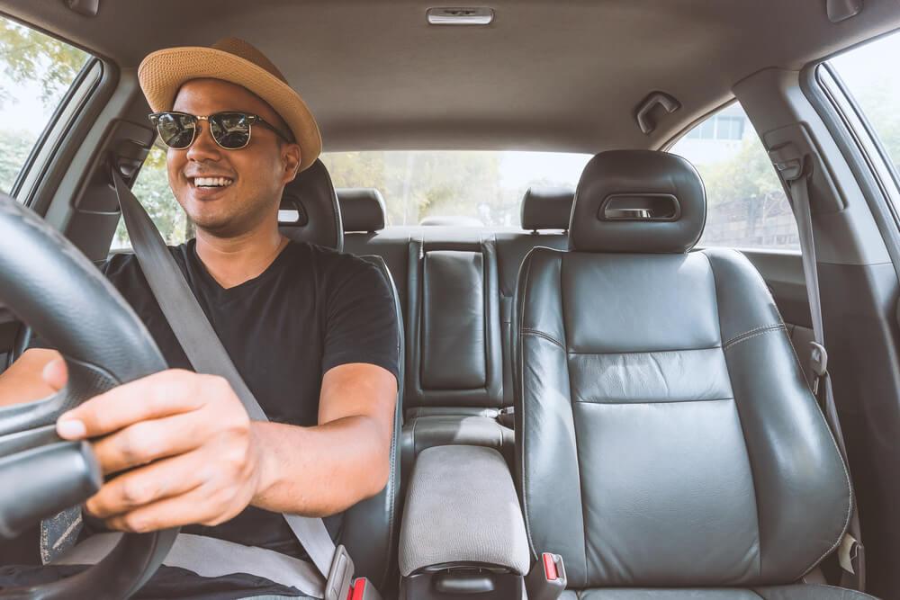 Jangan Terburu-Buru! 6 Pertimbangan Sebelum Membeli Mobil - 5 Manfaat Mengejutkan yang Bisa Didapatkan Saat Anda Menyewa Mobil - 5 Manfaat Menyewa Mobil Dibanding Membelinya - 4 Kebiasaan yang Bikin Anda Boros Bahan Bakar Saat Mengendarai Mobil - cara membeli mobil