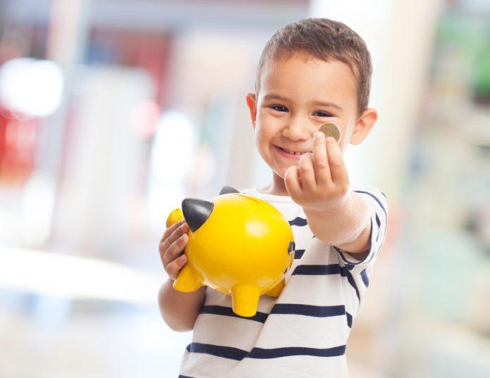 5 Alasan Perlunya Mengajarkan Anak Mengelola Uang Sejak Dini