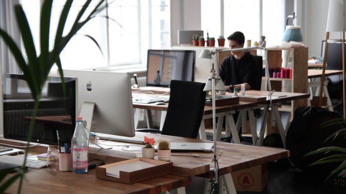 7 Tips Membeli Peralatan Kantor Supaya Tetap Hemat