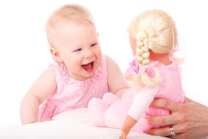 Biaya Terbesar di Tahun Pertama Kelahiran Bayi - mainan anak