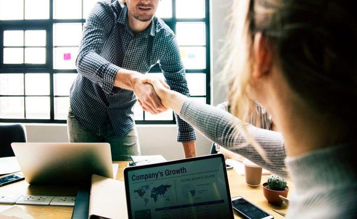 6 Kualitas Pemimpin yang Luar Biasa, Andakah Salah Satunya? - 9 Prinsip yang Membedakan Pemimpin yang Ideal dan yang Bukan