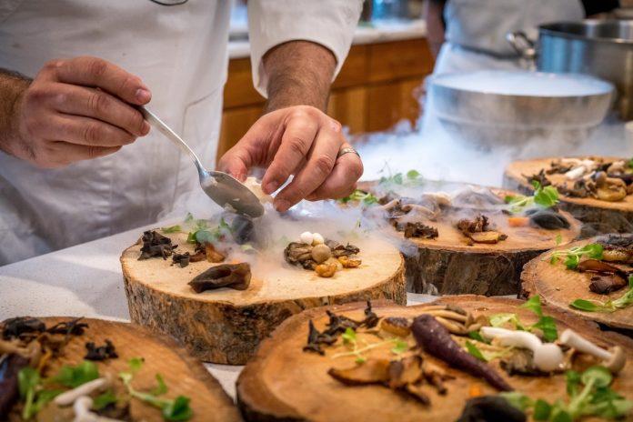 7 Pekerjaan Ini Cocok untuk Anda Si Pencinta Kuliner