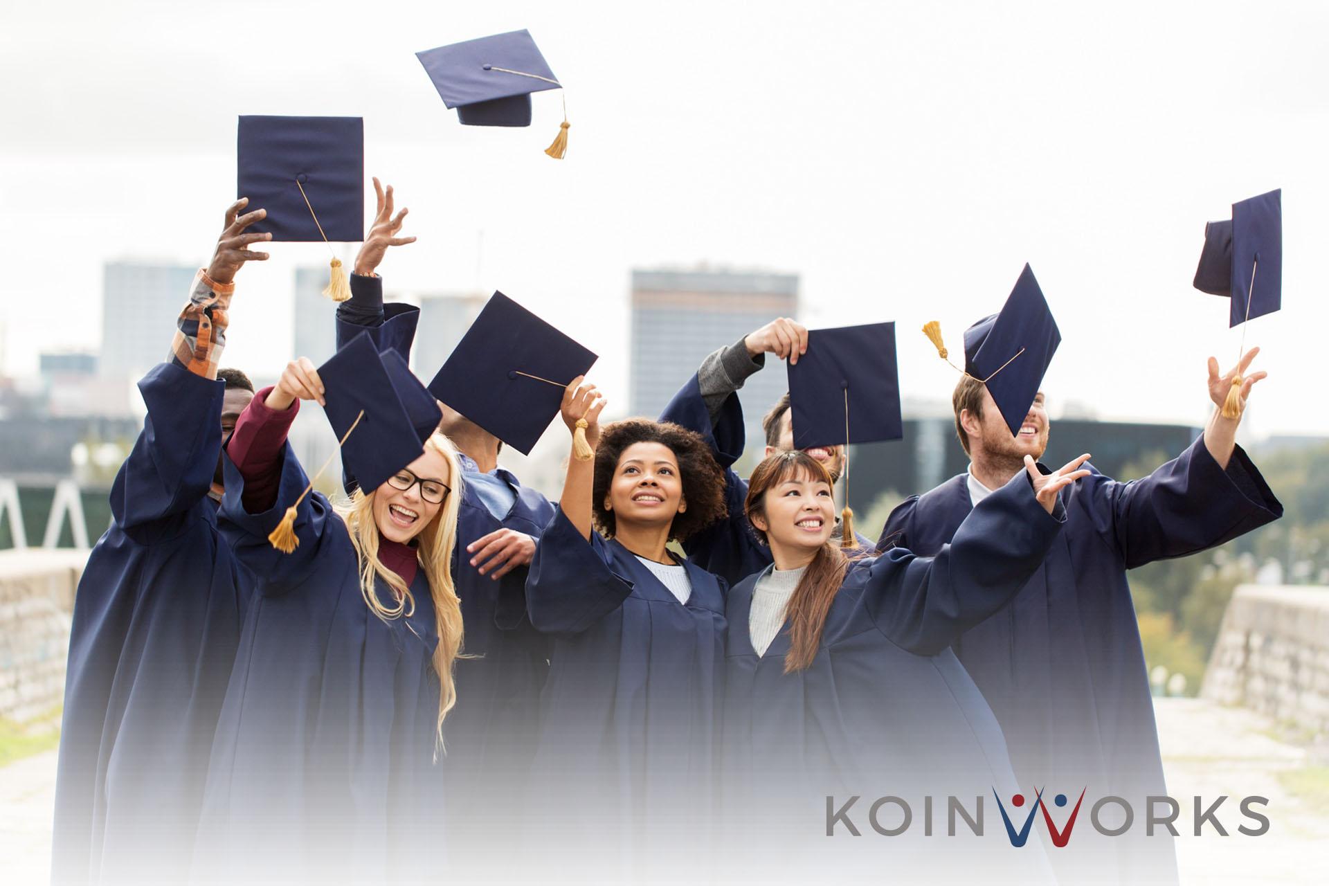 4 Trik Mudah agar Anda Rajin Belajar Setiap Hari - 5 Alasan Mengapa Pendidikan Tinggi Itu Penting, Jangan Diabaikan! - 5 Alasan Anda Tidak Boleh Fokus Pada Pendidikan Tinggi Saja - wisuda - lulus