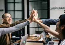 5 Alasan Kenapa Anda Harus Senantiasa Mengembangkan Diri (8) - 7 Cara Mudah Membangun Keberagaman di Tempat Bekerja - 5 Manfaat yang Akan Didapatkan Saat Melakukan Hal yang Tidak Terpikirkan Sebelumnya - 4 Langkah Menjadi Bos yang Baik Agar Para Karyawan Betah Bekerja