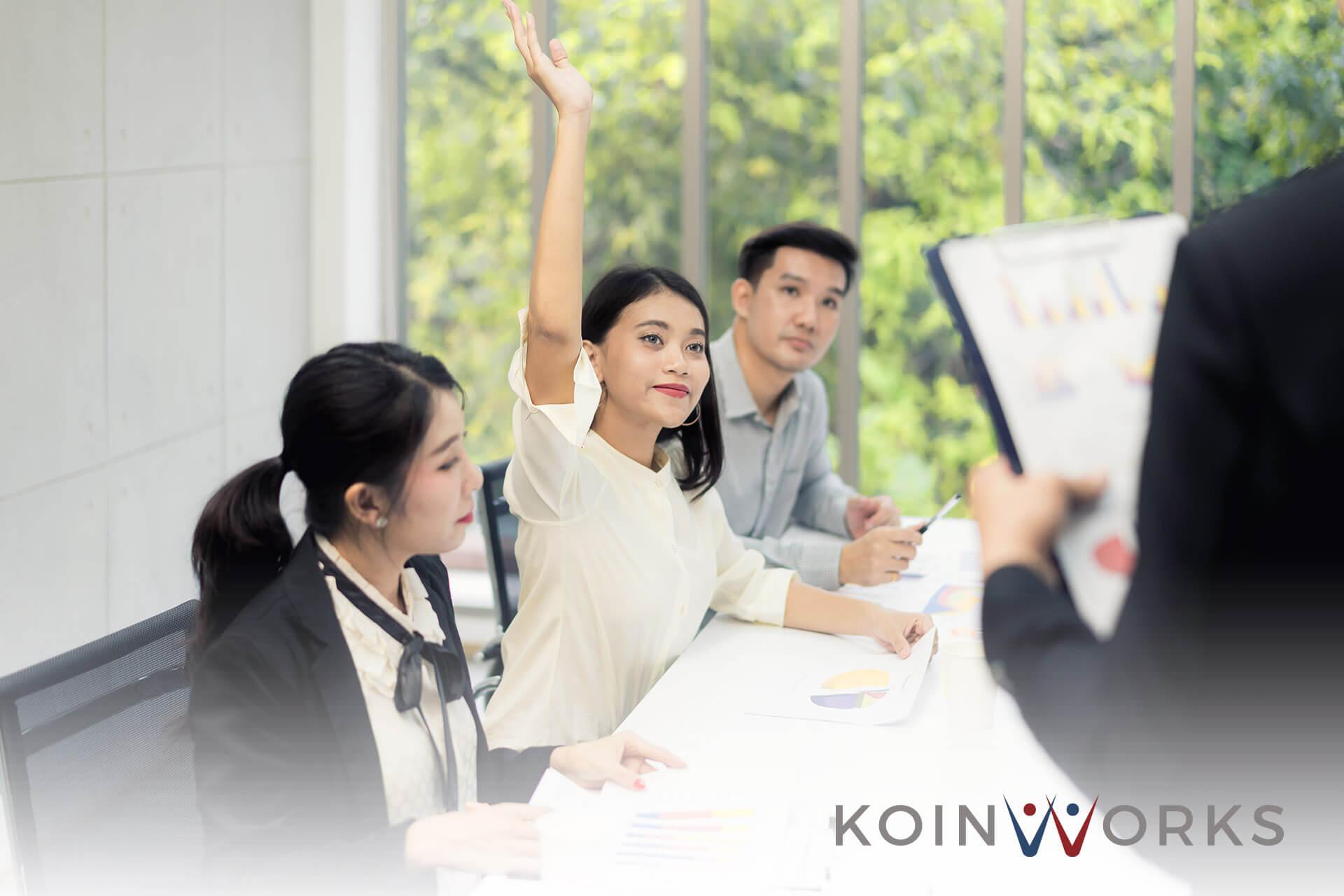 5 Cara Menggunakan Gestur Tangan Saat Sedang Presentasi, Ini Cara Memulainya! - 7 Alasan Penting Mengapa Anda Harus Selalu Mengembangkan Diri