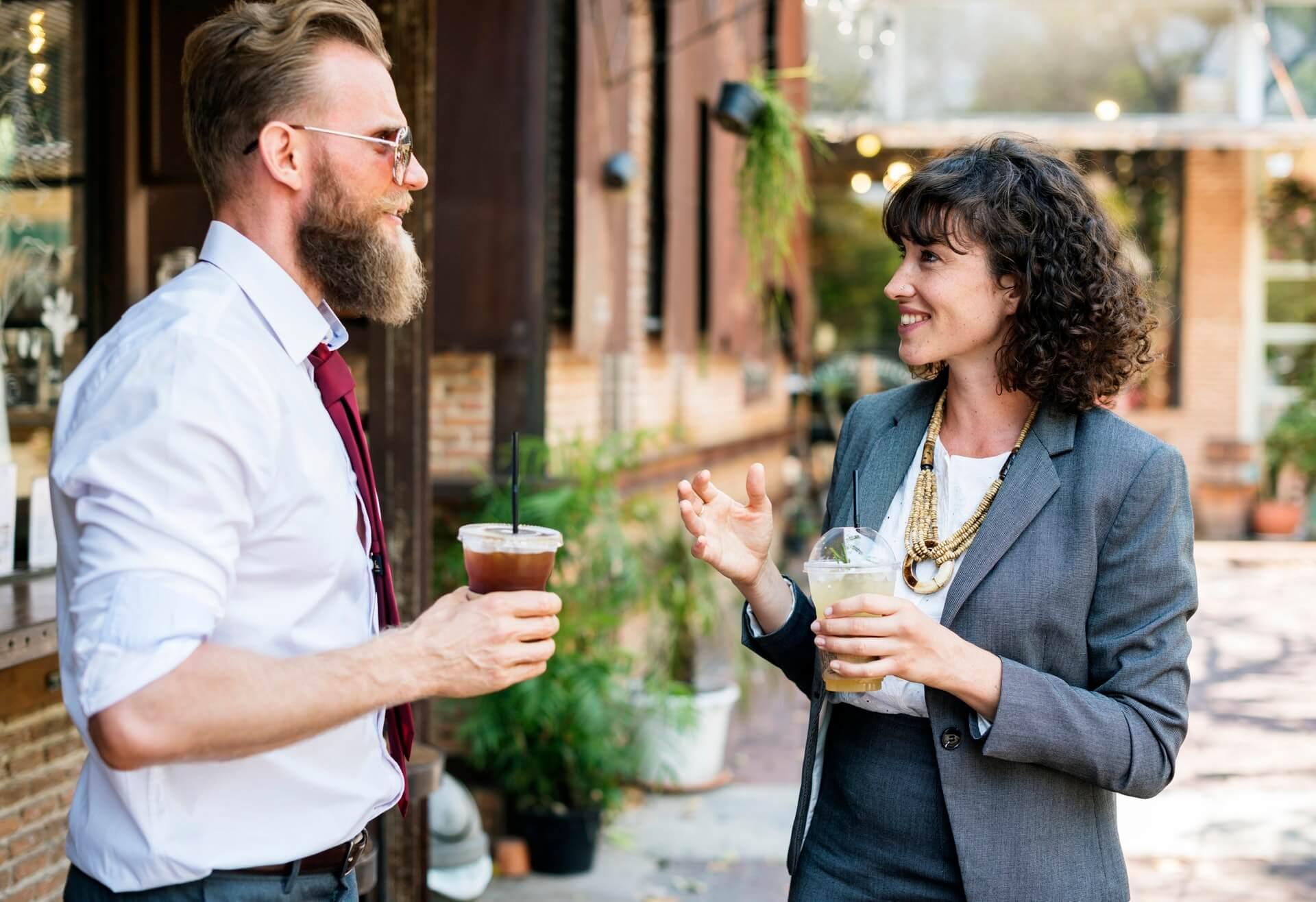 sukses - senang - bahagia - karyawan kantoran - pebisnis (9) - 5 Kiat Diperlukan Manajer Baru Agar Membuat Keputusan Lebih Efektif - 7 Alasan Utama Mengapa Anda Tidak Pantas Menjadi Seorang Manajer