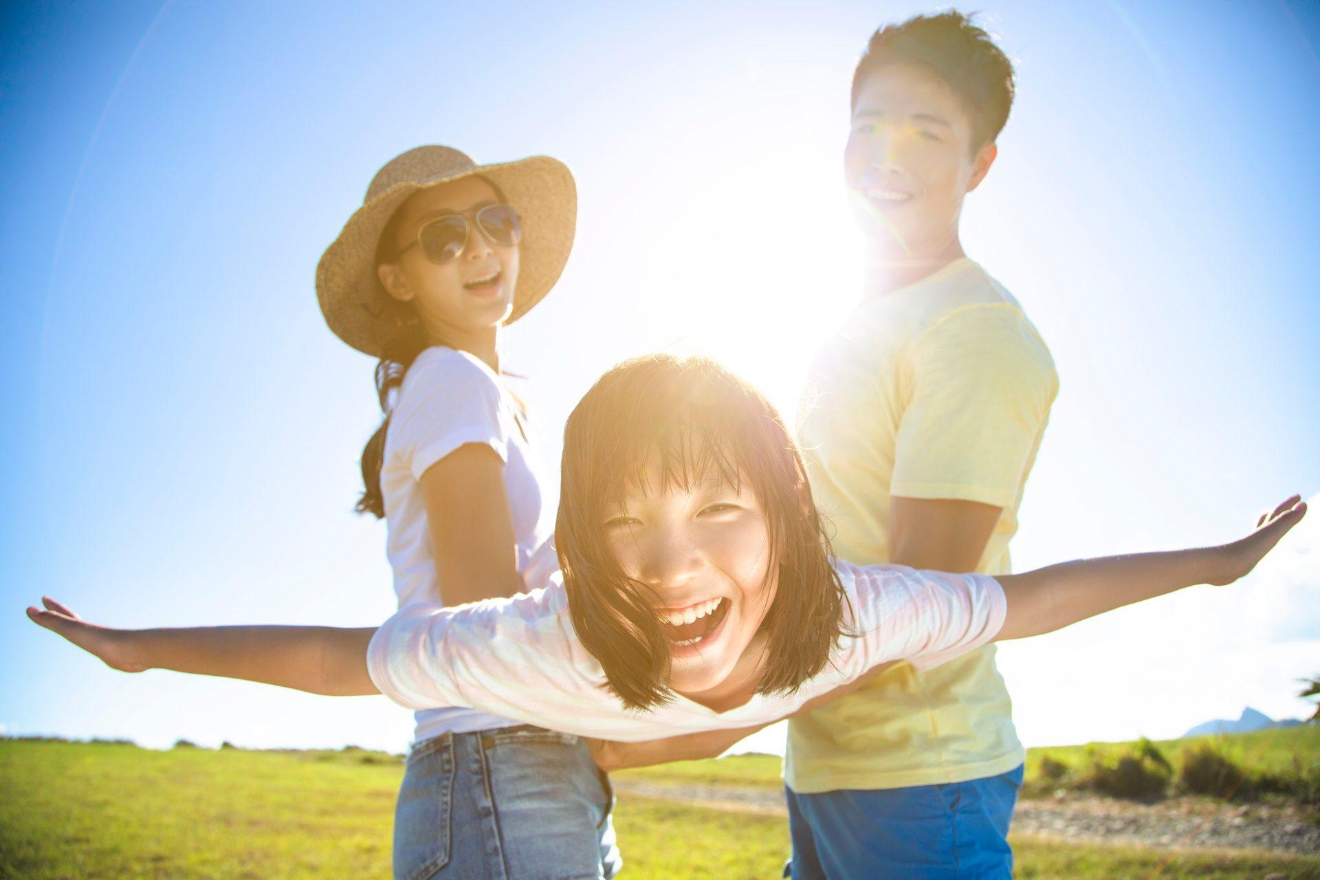 biaya membesarkan anak - Download Kalender 2019 Indonesia dan Persiapkan Tahun Depan Lebih Baik! - liburan bersama anak