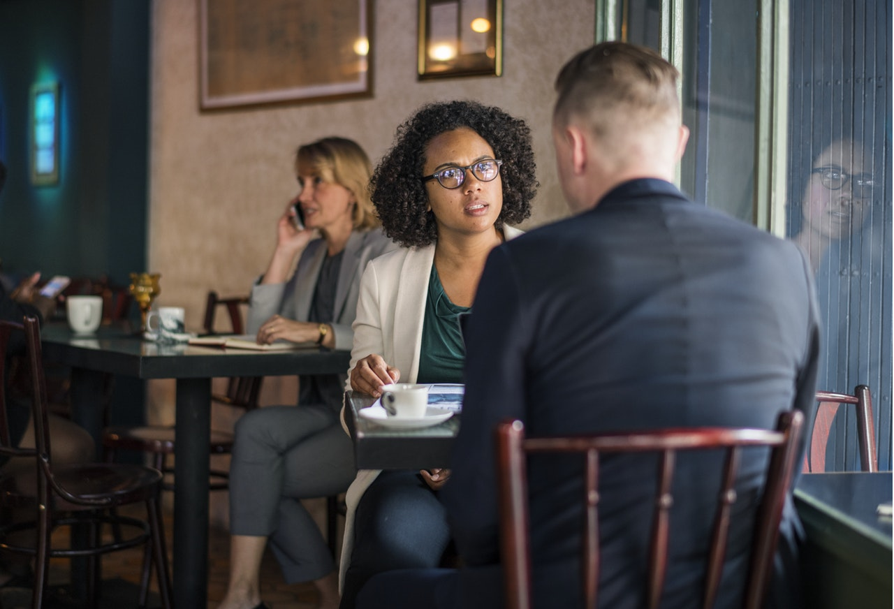 Manajer yang Buruk - marah - emosi - Dapatkan Apa yang Anda Inginkan dengan 5 Taktik Negosiasi Ini