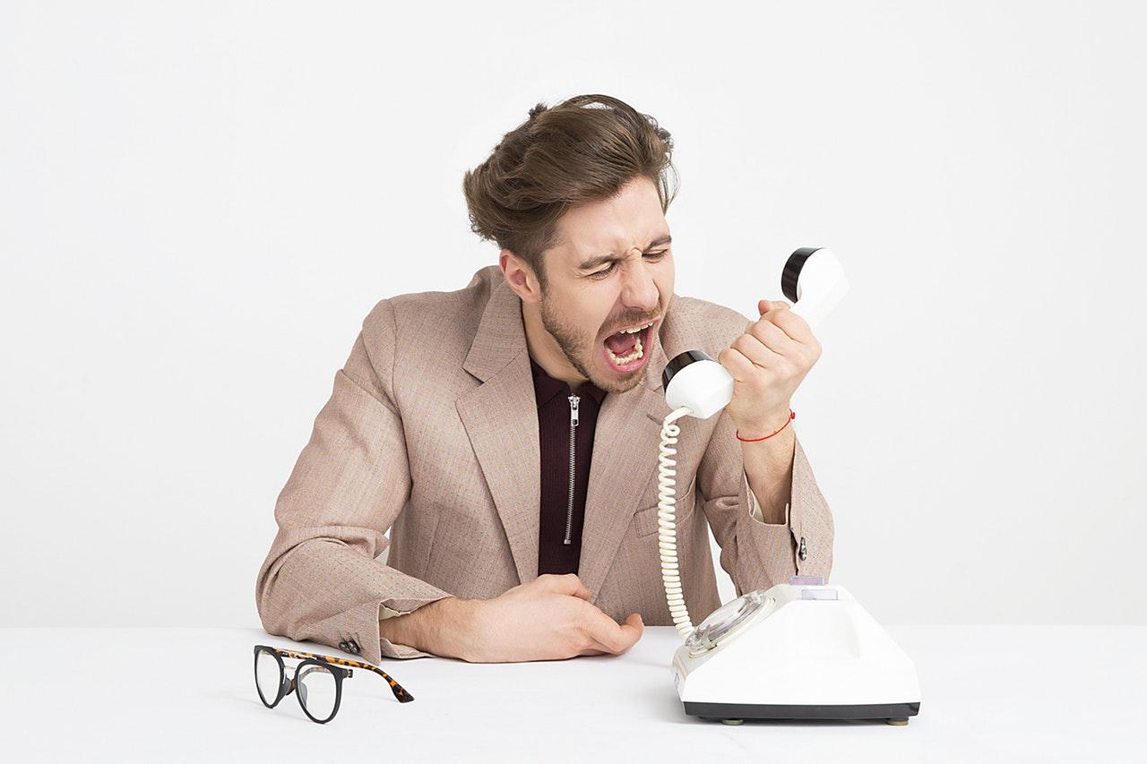 Manajer yang Buruk - marah - emosi 3