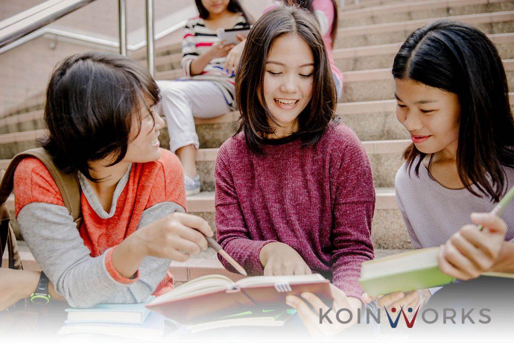 belajar-buku-pendidikan-kuliah - Meraih Prestasi