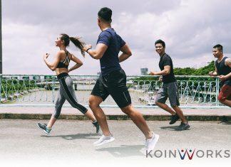 olahraga lari teman - anak - keluarga - olahraga - sehat - bahagia - 5 Gaya Hidup Hemat Biaya yang Bisa Meningkatkan Harapan Hidup Seseorang - Terapkan 6 Pola Pikir Atlet Berikut Ini Agar Sukses Finansial - 5 Jenis Olahraga Hemat Bagi Pecinta Gaya Hidup Sehat!- tips menjaga kesehatan tubuh