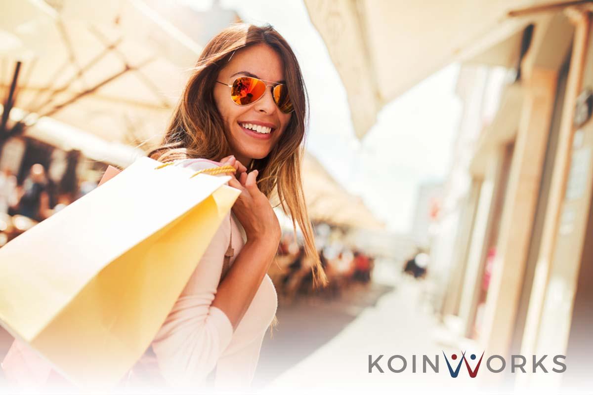 belanja - boros - jalan - traveling - oleh-oleh - 5 Langkah Mudah Menghindari Belanja Secara Berlebihan-dampak negatif cashless society