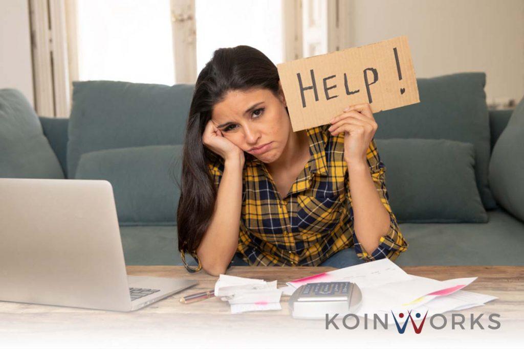 utang - kredit - sedih - 4 Kerugian Bekerja Secara Berlebihan