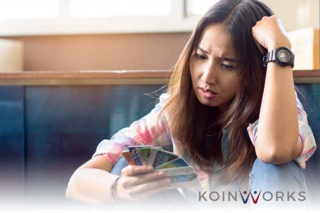 utang - kredit - sedih - pinjaman - Sebelum Tergiur Cicilan 0%, Baca Ini Dulu Yuk!