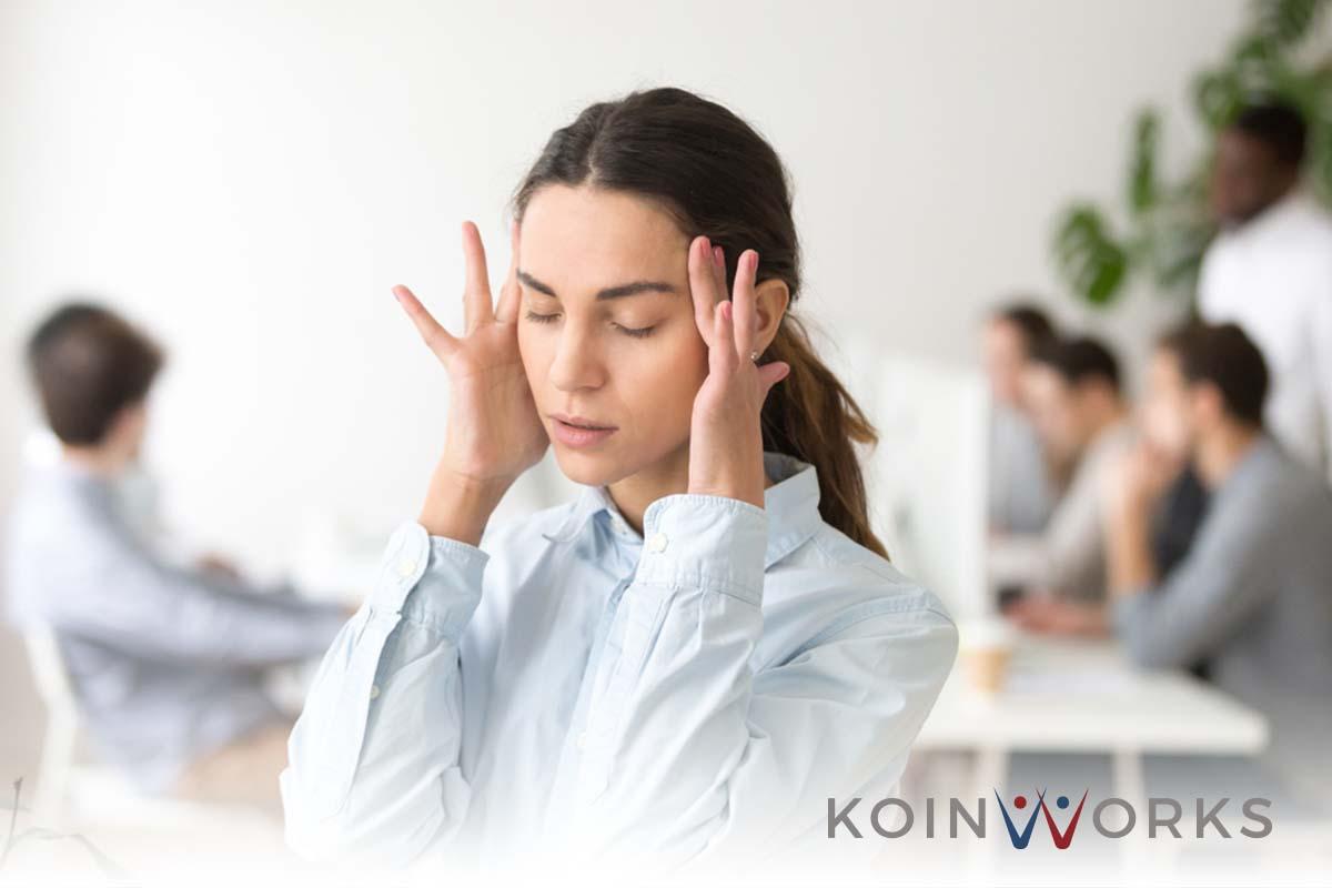 panik pusing stres - 6 Langkah Mudah Ubah Stres Jadi Uang, Coba Bersama Yuk!- pensiun dini - kehilangan fokus - strategi untuk pensiun dini-mempersiapkan dana pensiun- stres-masalah-keuangan