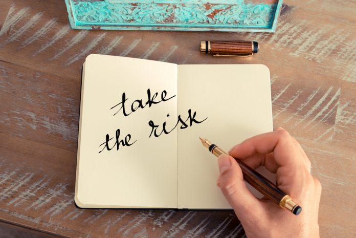 teman-bisnis-berani-ambil risiko-resiko