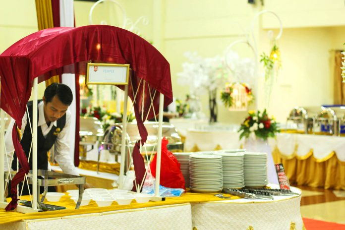 katering-gubukan-makanan-undangan-tamu-pernikahan