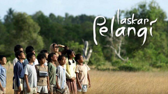 laskar pelangi-film-inspirasi-indonesia-inspiratif-pendidikan
