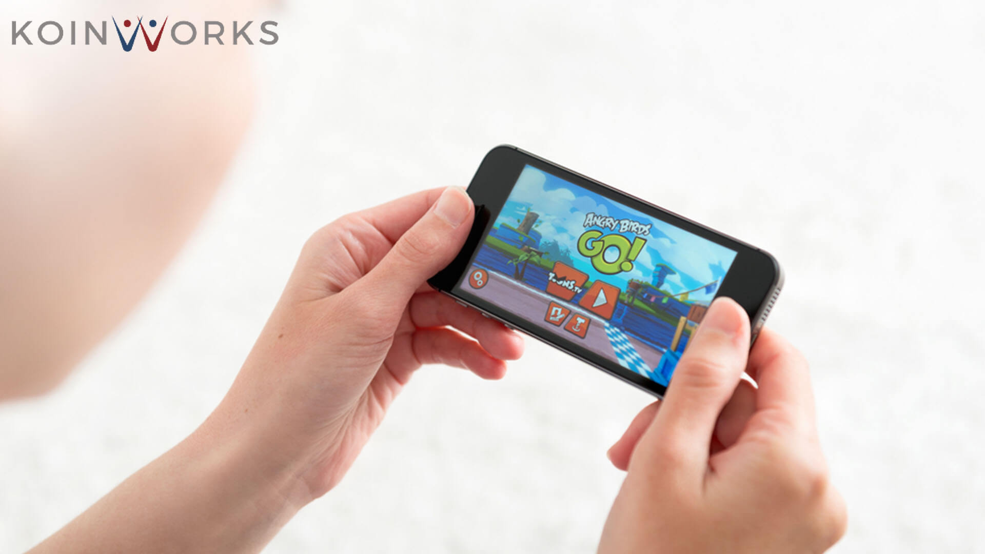 main-game-aplikasi-handphone-smartphone