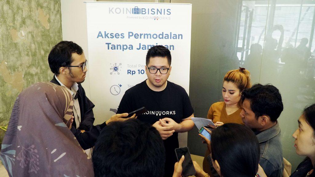 suasana kopi-buttonscarves-koinworks-berita-news-perekonomian-indonesia-ukm-digital