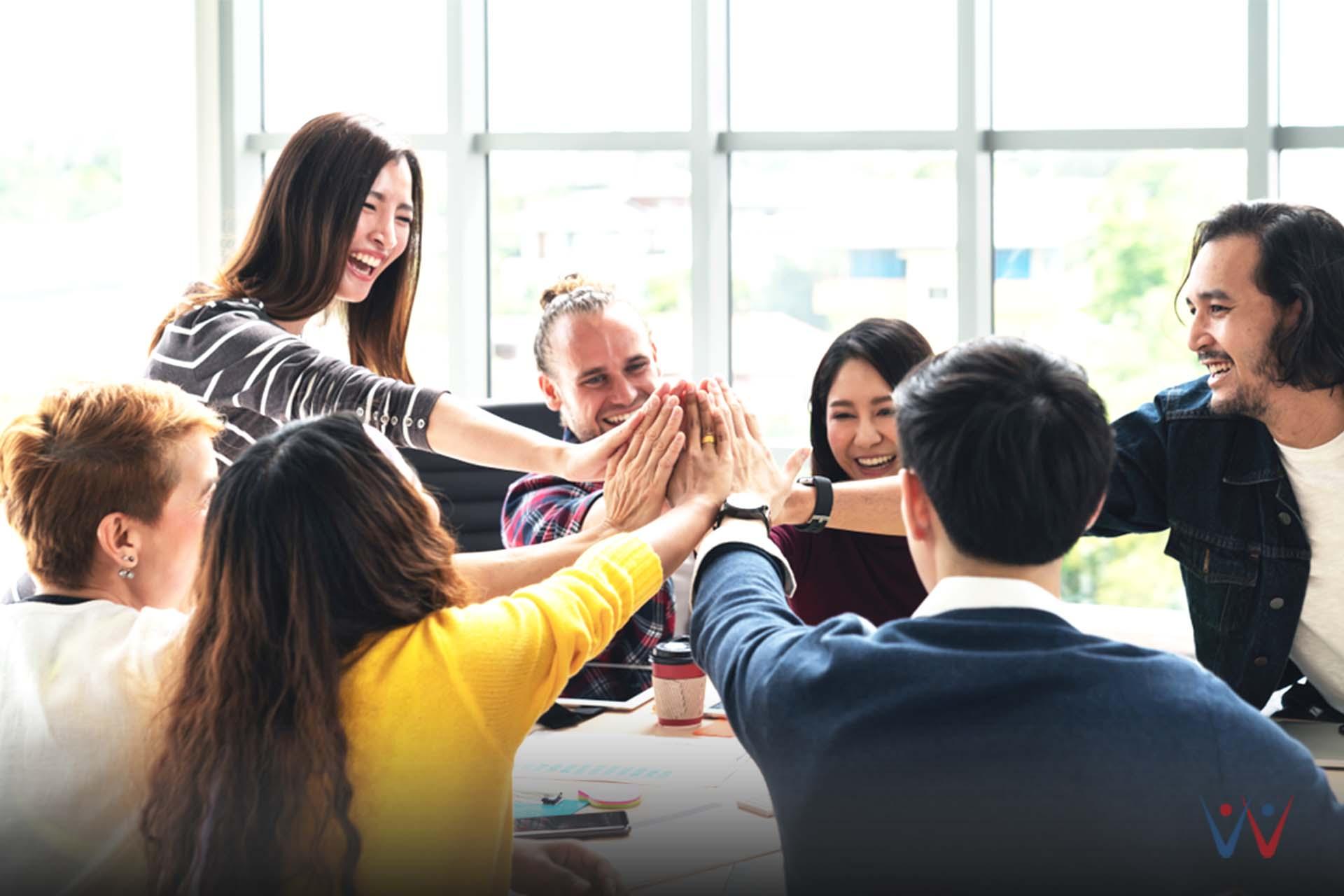 karyawan - senang - strategi marketing