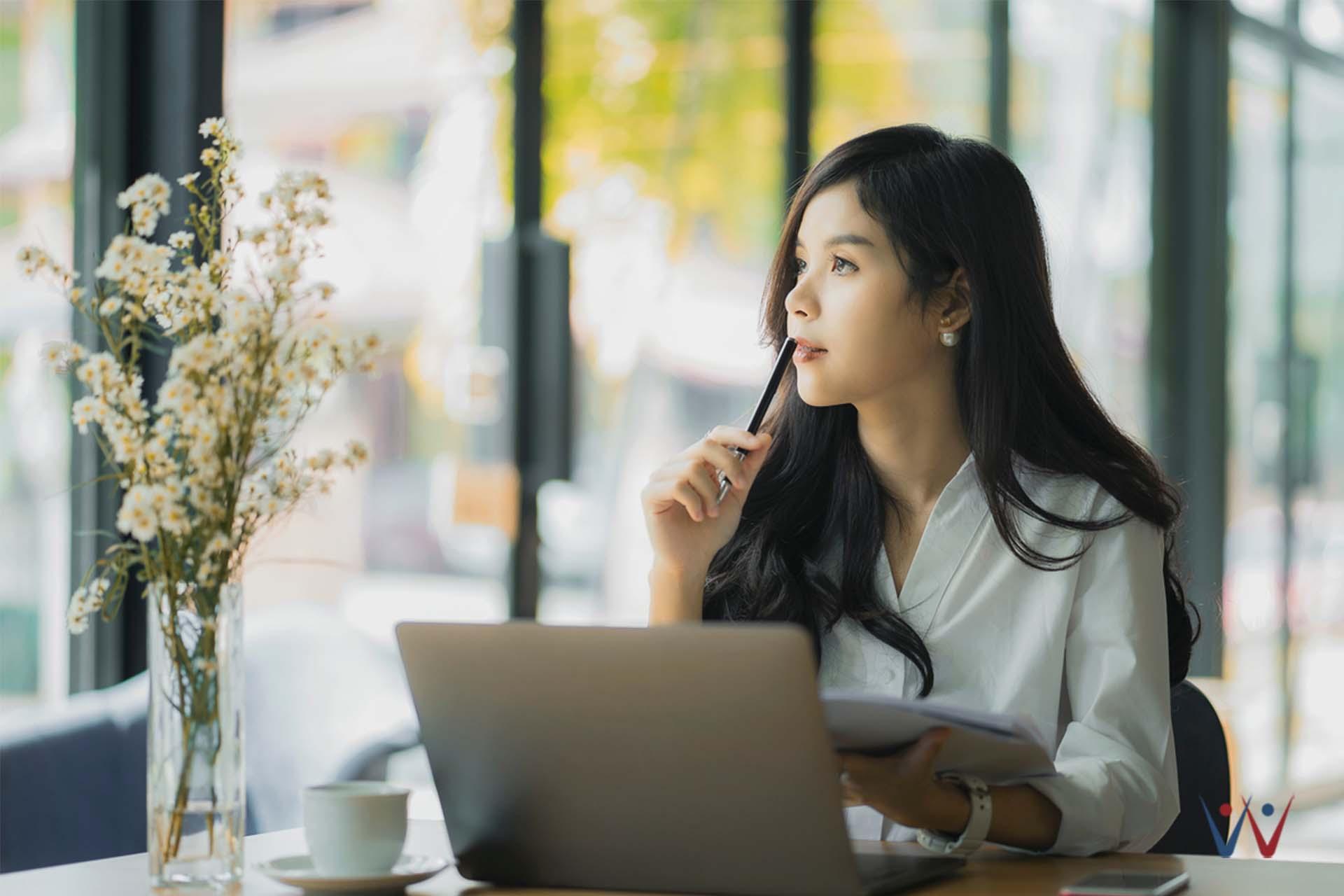 bpjs ketenagakerjaan - nasihat keuangan - usia 30 - berpikir - bingung